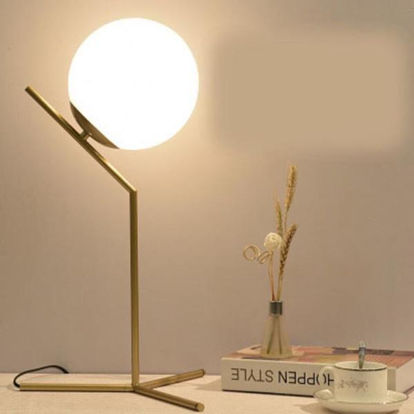 Bảng giá Đèn ngủ để bàn - đèn ngủ mạ Crom - đèn ngủ sáng vàng thiết kế lấy ý tưởng vầng trăng trong đêm có công tắc điều khiển tiện lợi FRING