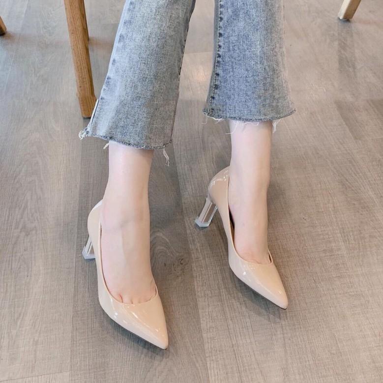 Giày Búp Bê Nữ Thời Trang Da Bóng Gót Nhọn, Giày Cao Gót Nữ Mũi Nhọn Gót Mica Cao 7P Màu Kem giá rẻ