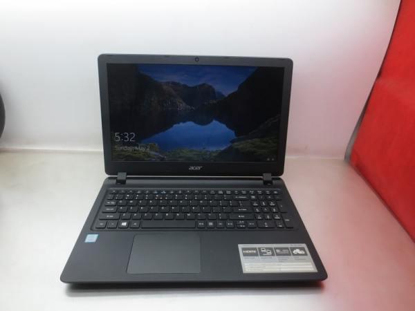 Bảng giá Laptop Cũ Acer Aspire ES1-572/ CPU Core I3-7100U/ Ram 4GB/ Ổ Cứng SSD 120GB/ VGA Intel HD Graphics/ LCD 15.6 inch Phong Vũ