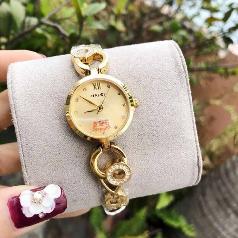 đồng hồ nữ lắc tay halei dây vàng mặt vàng,mặt đá sapphia chống nước,chống xước tốt