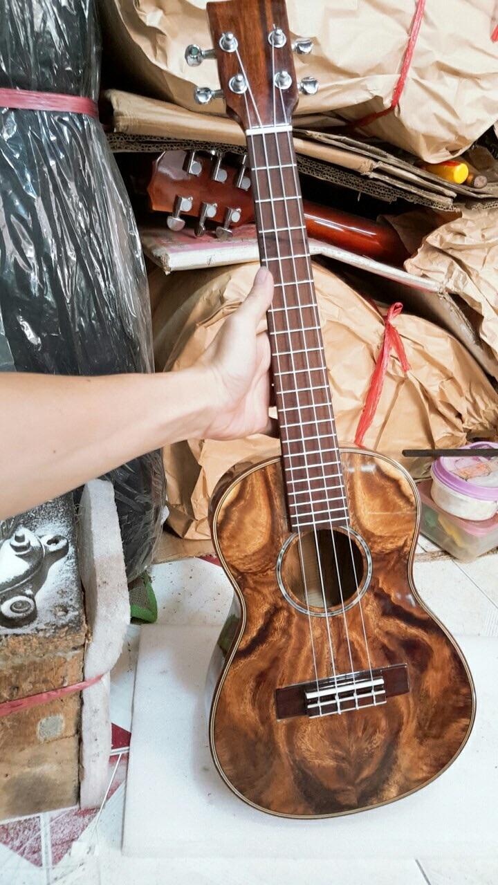 Đàn ukulele gỗ điệp