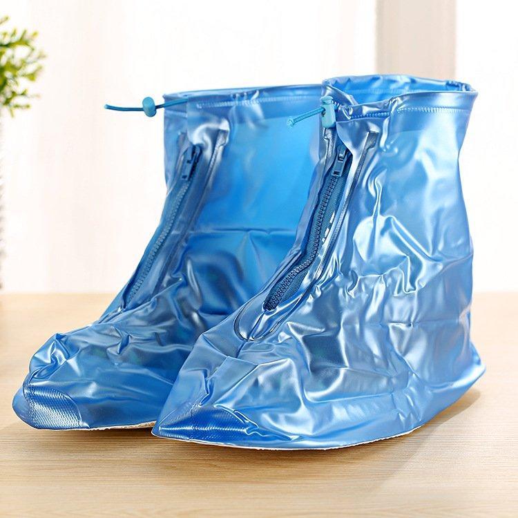 Giày đi mưa chất liệu PVC