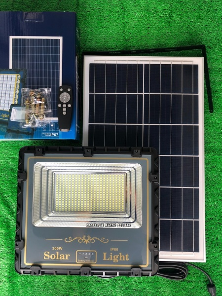 [Sale 10%] Đèn Năng Lượng Mặt Trời 300w Cảm Biến Ánh Sáng TOP SOLAR SL813KK