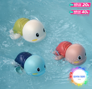 Set đồ chơi bồn tắm 3 chú rùa con biết bơi cho bé siêu dễ thương chất liệu nhựa ABS an toàn thumbnail