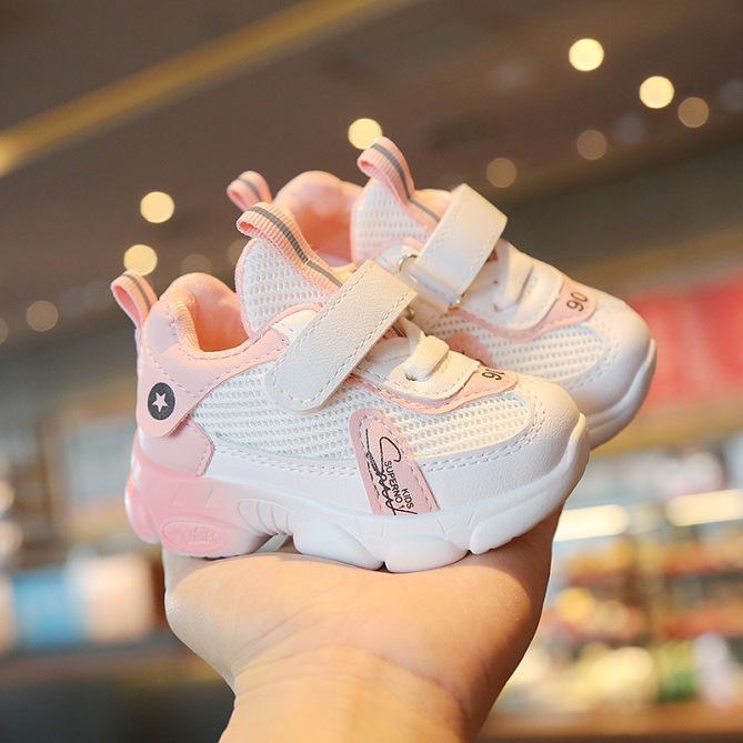Giày bé trai, bé gái cao cấp màu trắng da cam thoáng khí, siêu nhẹ, chống trơn trượt tốt dành cho bé 1 - 7 tuổi giá rẻ