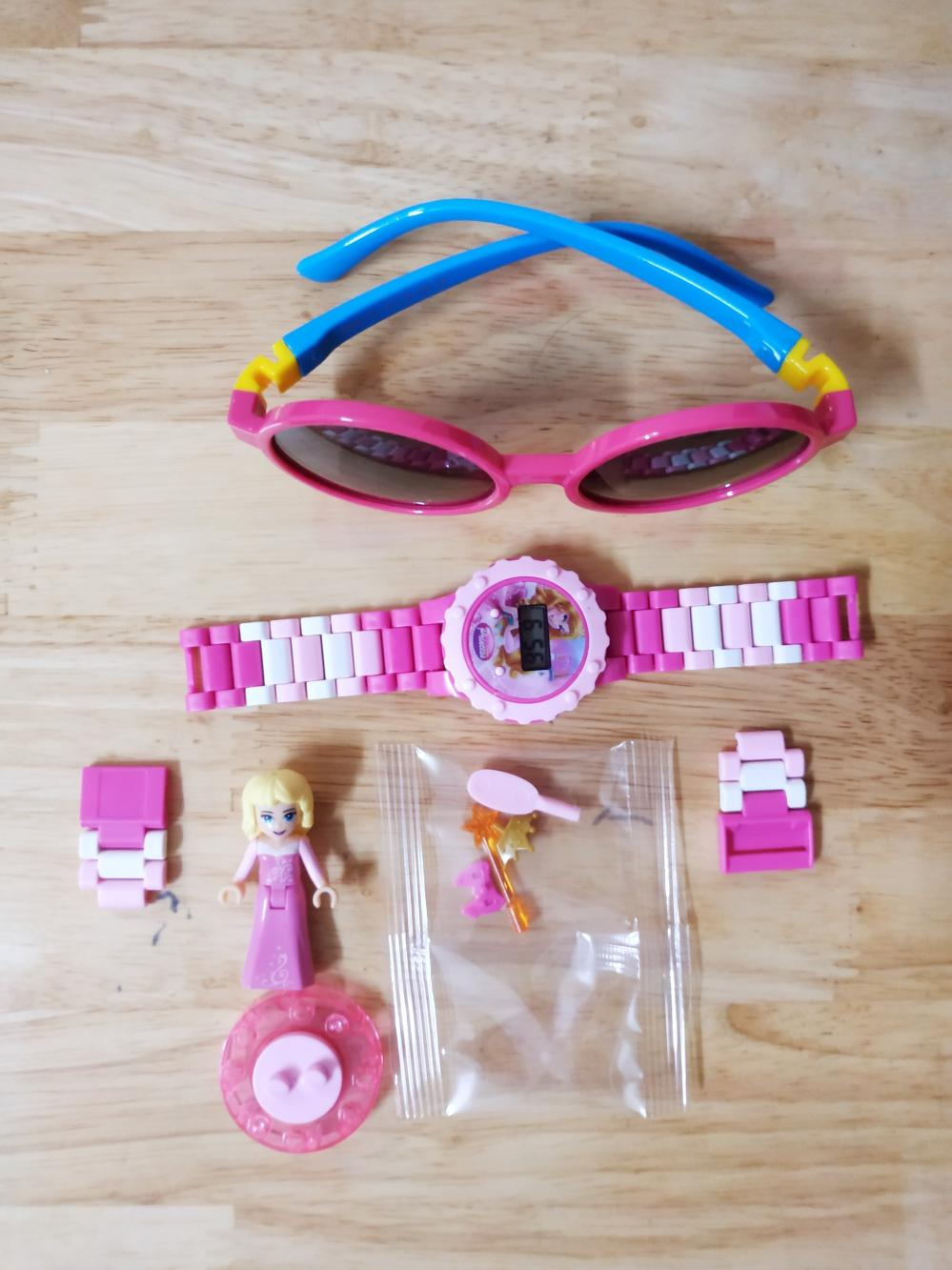 [Combo như hình] Đồng hồ Lego Aurora, mắt kính chống tia UV cho bé gái (Giới hạn)