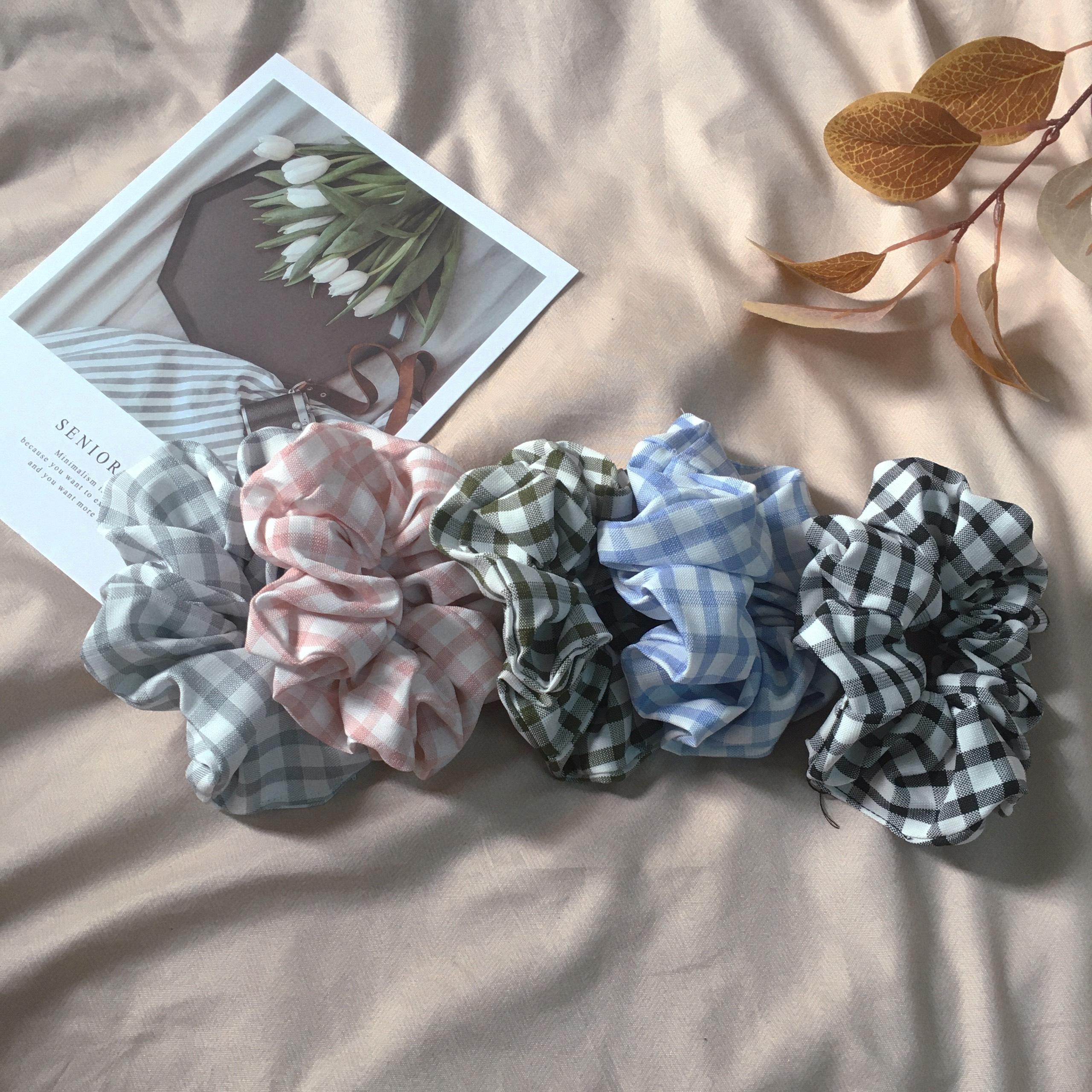 Coupon tại Lazada cho Scrunchies CARO đẹp Xỉu - Phụ Kiện Tóc Nữ Rẻ - Vòng Tay Vải Xinh, Thiết Kế độc đáo, Thời Trang Teen Việt Nam