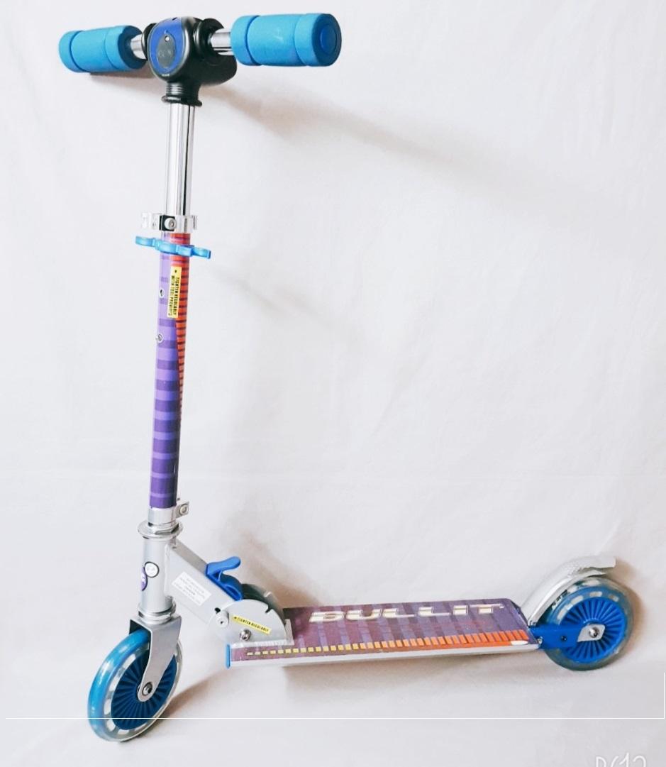 Mua Xe scooter cao cấp, đồng hồ hiển thị tốc độ