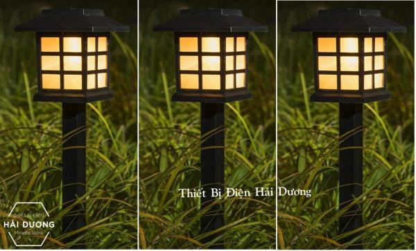 Bảng giá Combo Bộ 3 Đèn Sân Vườn Cắm Cỏ Ô Vuông Năng Lượng Mặt Trời - MT28