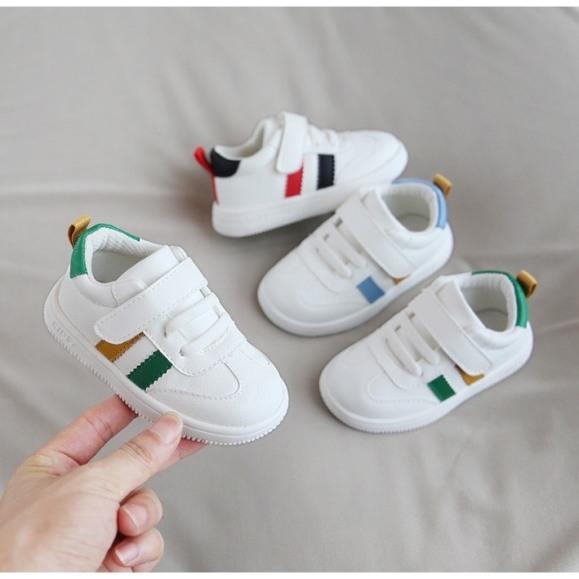 Giày mềm cao cấp cho bé tập đi 2 sọc -giày cho bé hót nhất 2020 -G09 giá rẻ