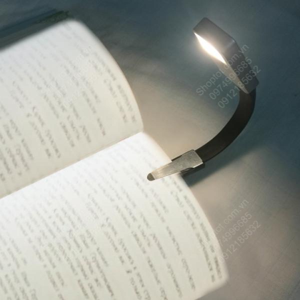 Bảng giá Đèn led đọc sách loại kẹp trang sách, dùng pin sạc, ánh sáng 3 màu, chống cận