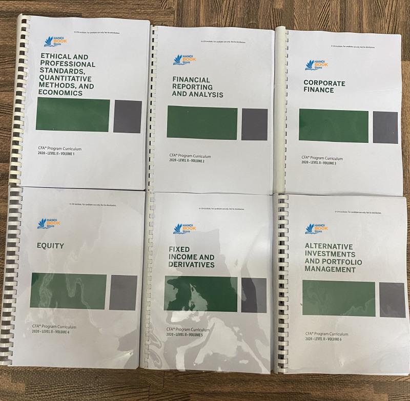 Bộ sách 6 quyển CFA CURRICULUM level 2 - 2020 ( sách gia công gáy xoắn như hình) tặng kèm Schwesers Quicksheet