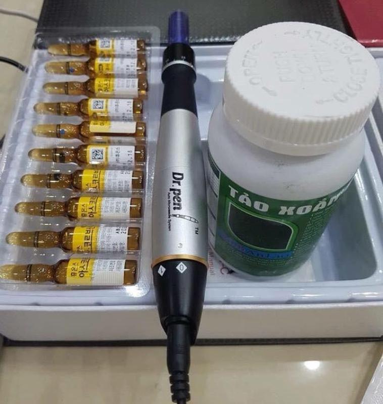 Combo Dr Pen A1 Xám Cấy Tảo ( 1 Máy Dr.Pen A1 Xám + 1 Hộp Tảo Vĩnh An + 1Vỉ Vitamin C + Tặng Sẵn 2 Kim) cao cấp