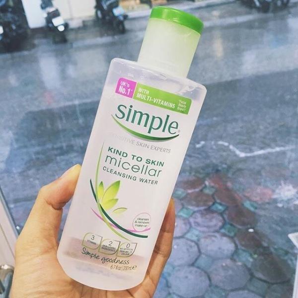 Nước Tẩy Trang Simple Kind To Skin giá rẻ