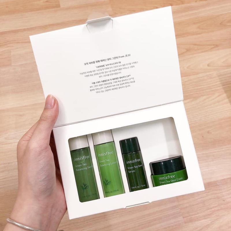 BỘ KIT 4 MÓN DƯỠNG DA TRÀ XANH INNISFREE GREEN TEA nhập khẩu