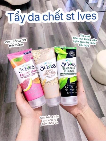 Sữa rửa mặt tẩy tế bào ST.ives 170g