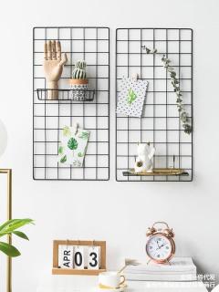 Khung Lưới Sắt Trang Trí, Tấm Lưới Treo Ảnh Nghệ Thuật, Tấm Lưới Sắt Deco Trang Trí Nhà Cửa ( Tặng Kèm Dây Đèn Led Và Đinh 3 Chân ) thumbnail