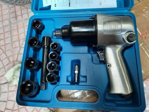 Máy mở siết bulong ốc 2 búa yakima Japan 1/2 inch dùng hơi 850 Nm - Máy siết bulong