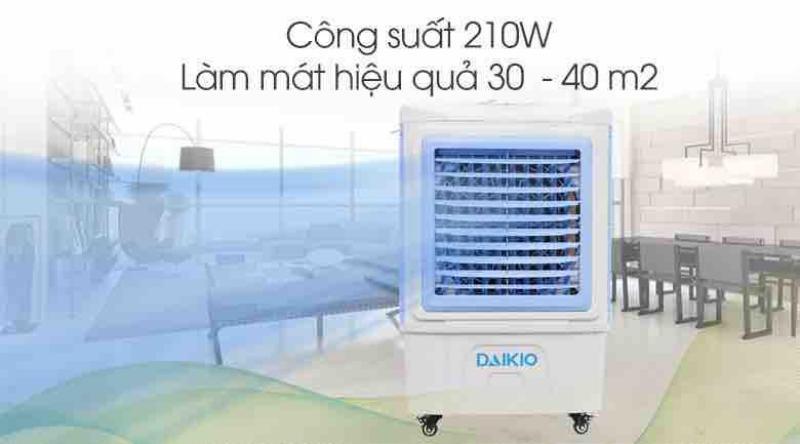 Quạt điều hòa Daikio DKA-05000C mới-Quạt điều hòa công suất 210 W diện tích làm mát 30 – 40 m2. 3 tốc độ gió và dung tích bình chứa 45 lít.Tính năng tự ngắt bơm khi bình cạn nước tăng độ bền cho quạt tối ưu.