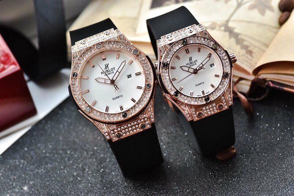 Đồng hồ hb nam/nữ đính đá viền vàng mặt trắng thời trang 68 bán chạy