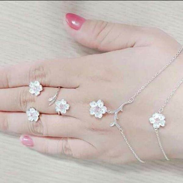 sét hoa tai, nhẫn, lắc tay mạ bạc