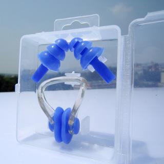 Bịt tai và kẹp mũi silicone chống nước khi bơi thumbnail
