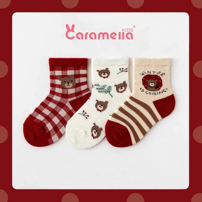 Tất Caramella cho bé yêu siêu xinh 3 đôi chủ đề gấu đỏ tặng kèm túi zip