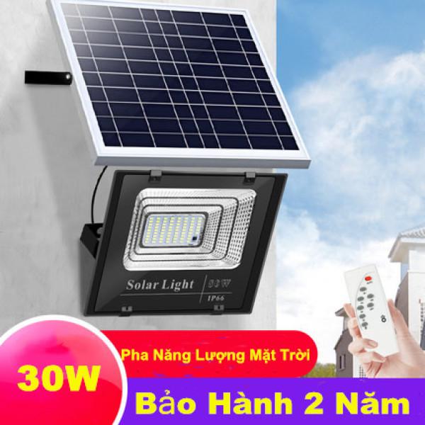 Đèn led pha năng lượng mặt trời 30W Bảo hành 24 tháng