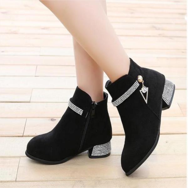 Giá bán Giày bốt cho bé gái phong cách hàn quốc EB002