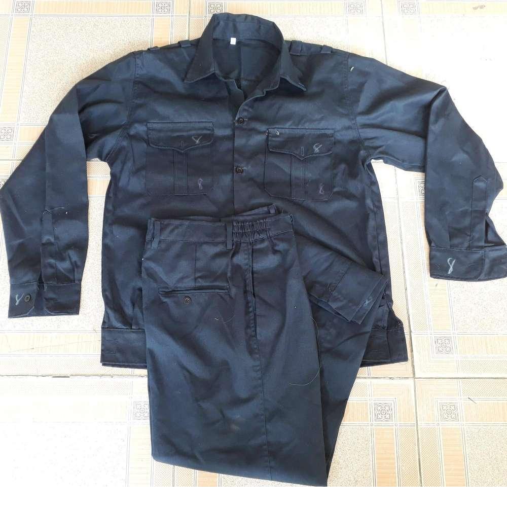 Bộ quần áo bảo hộ lao động màu chì size 8 (Vừa cao 1.72m trở lên, Nặng 60kg trở lên)