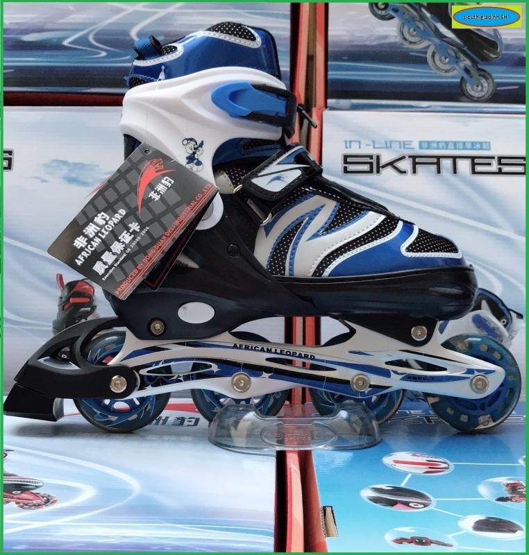 Phân phối Giầy trượt patin người lớn - trẻ em có đèn flash tặng bảo vệ tay chân, mẫu mới 2021