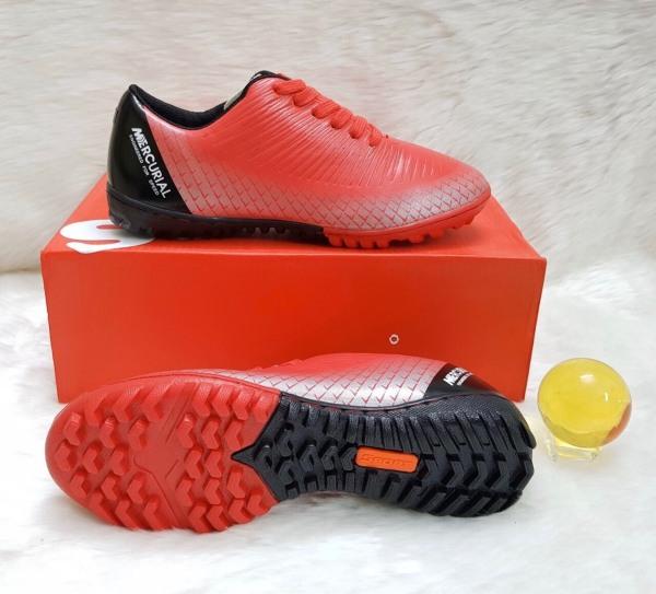 Giày đá bóng sân cỏ nhân tạo NT200 khâu full đế