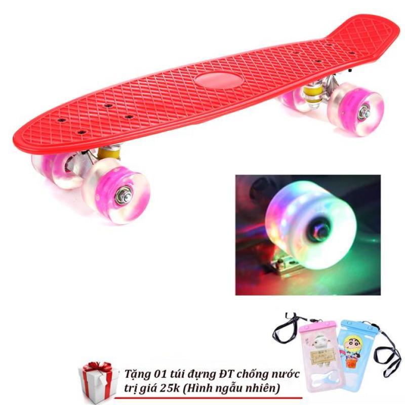 Mua (Tặng bao chống nước điện thoại) Ván trượt thể thao gg24 chịu tải 100kg có đèn Led- Ván trượt có đèn led năng động cá tính-Ván trượt trục thép, bánh có đèn Led