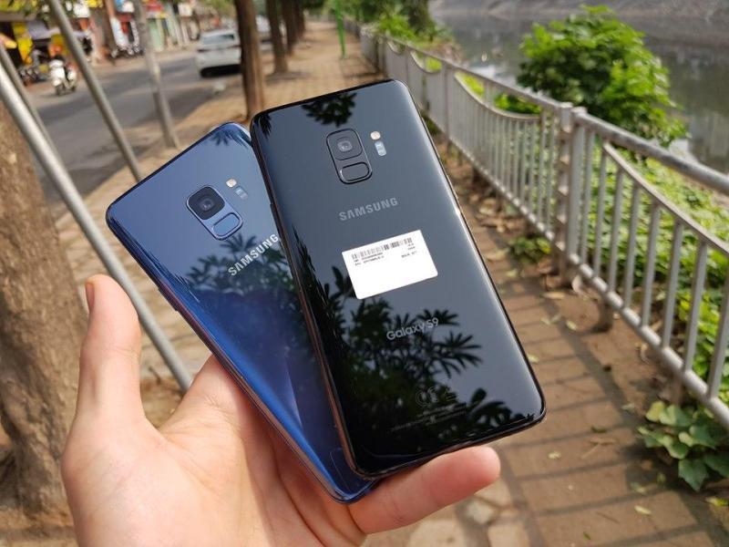 Điện Thoại Samsung Galaxy S9 Chuẩn Zin 100% Với Camera Chống Rung Quang Học - Cùng Con Chip Snapdragon 845 Mang Lại Hiệu Năng Mạnh Mẽ. Tặng Sạc Cáp Nhanh Chính Hãng Và Tai Nghe AKG.