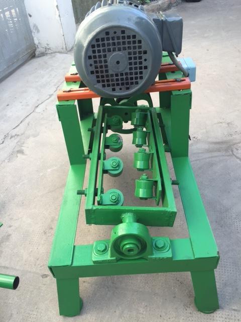 Máy duỗi thép đai không motor