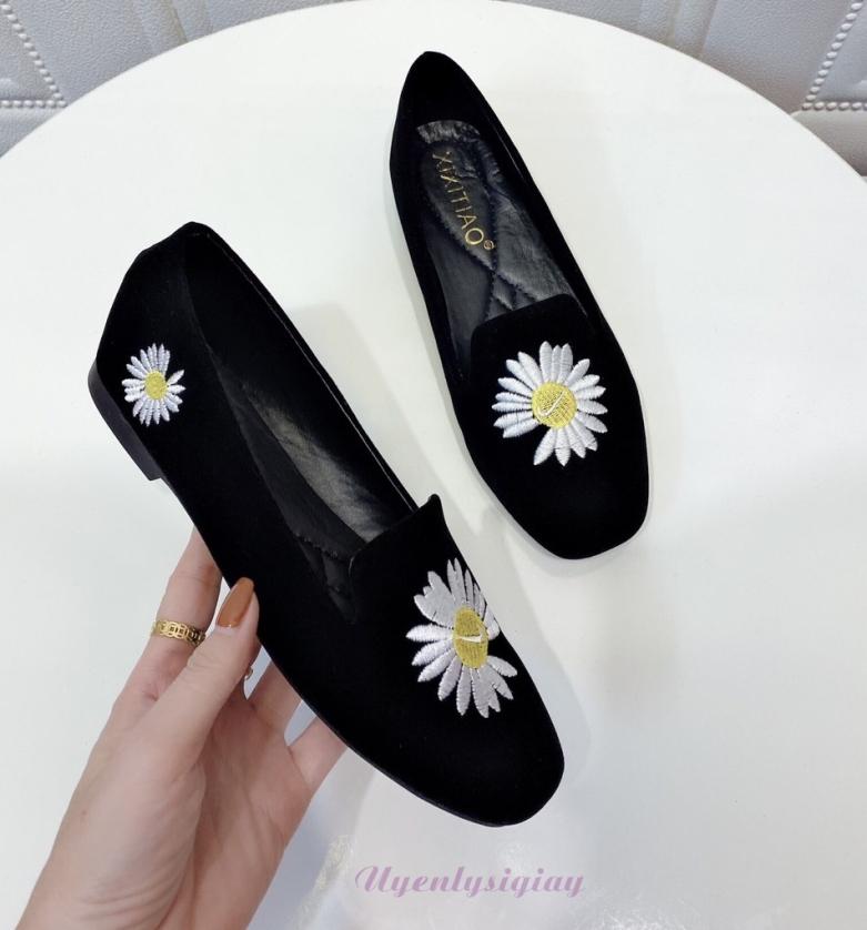 Giày búp bê nữ mũi vuông chất da nhung thêu hoa phong cách hàn quốc giá rẻ