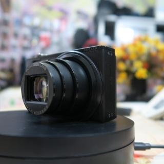 Máy ảnh Ricoh CX2 máy ảnh đường phố thumbnail