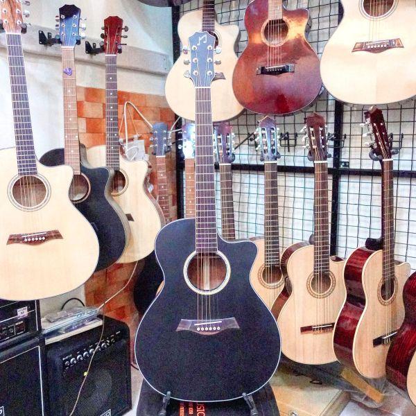 Đàn Guitar Acousitc  MĐ 611B