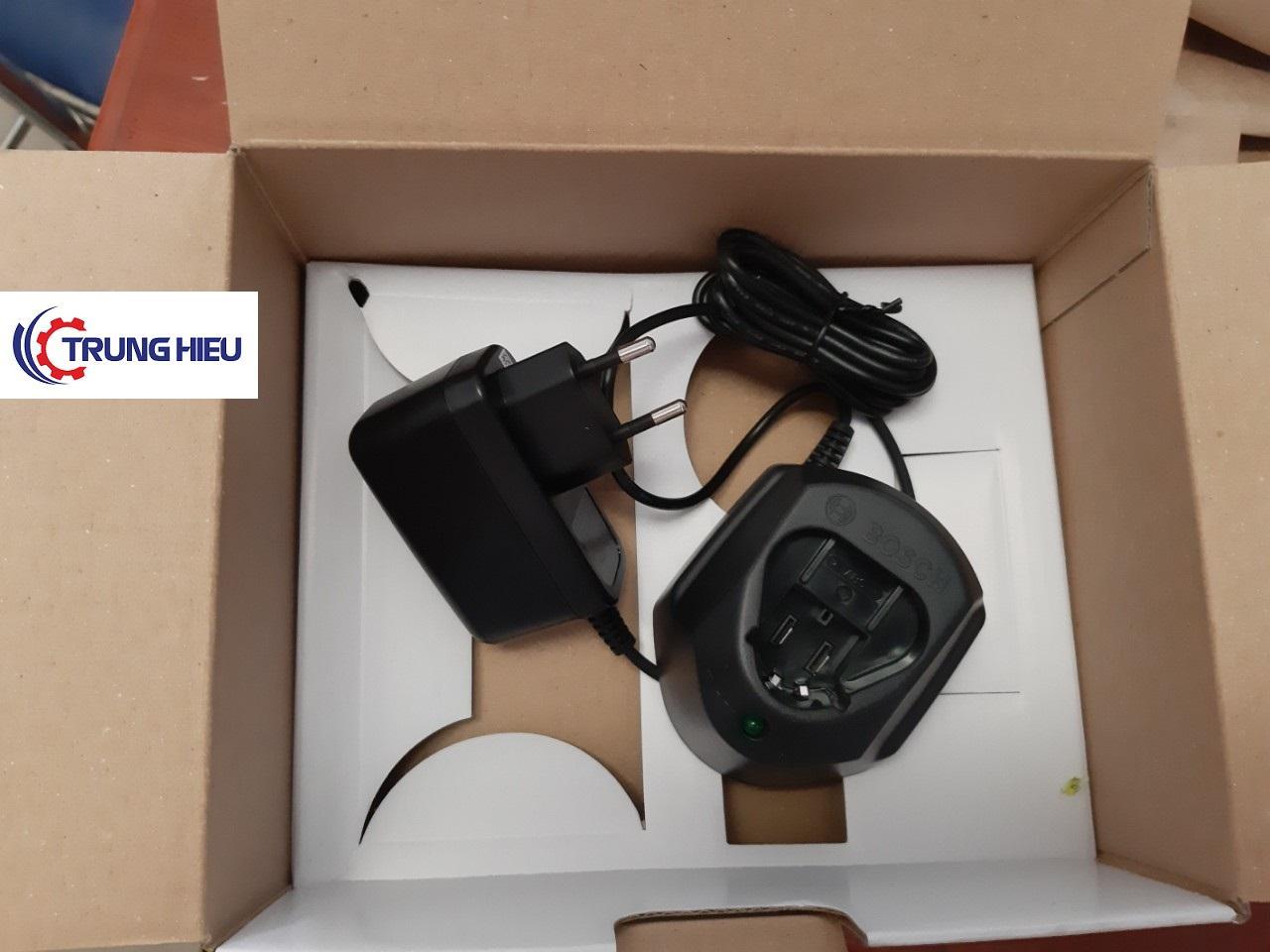 Sạc pin Bosch 12V 10.8V siêu rẻ