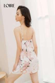 Váy Ngủ Lụa Hoa Dây Mảnh Cách Điệu Loirechic LSL09 thumbnail