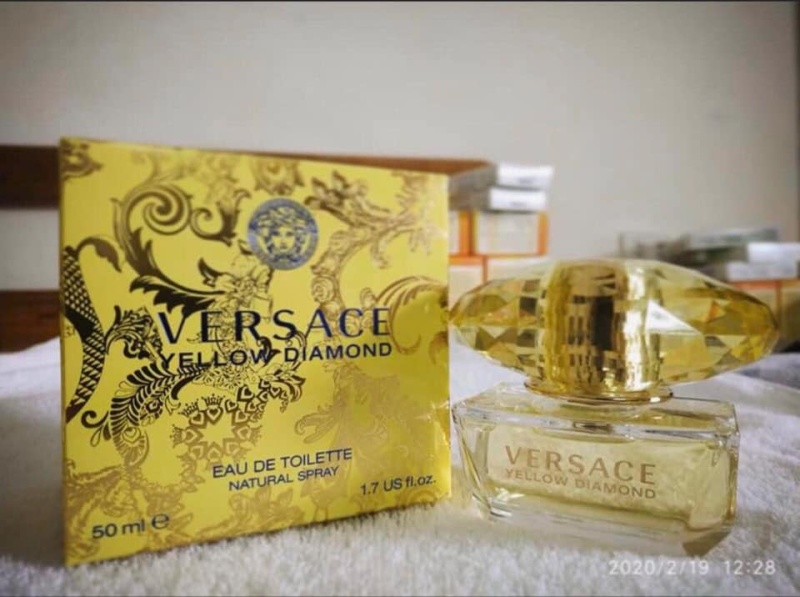 Nước hoa Versace nữ ( Yellow Diamond