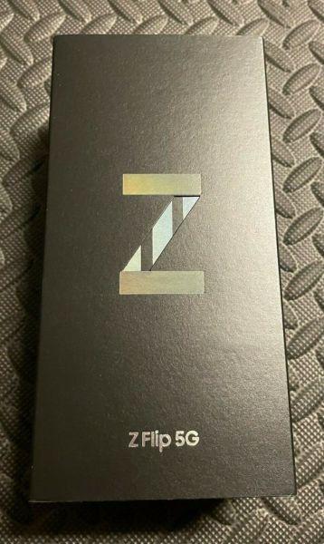 Samsung Galaxy Z Flip3 5G SM-F711U - 128GB - Phantom Black BOX