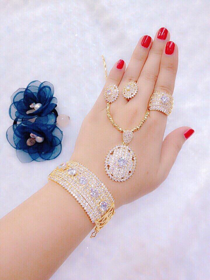 Bộ trang sức vàng Gadoshop VB414051903- làm quà tặng bất ngờ vô cùng ý nghĩa