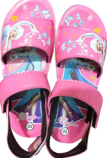 Giày sandal đi học cho bé gái giá rẻ