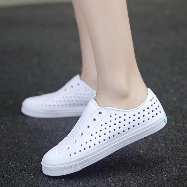 (HÀNG CHẤT LƯỢNG CAO) Giày nhựa lỗ thoáng khí Native siêu đẹp cho nữ - MH40 giá rẻ