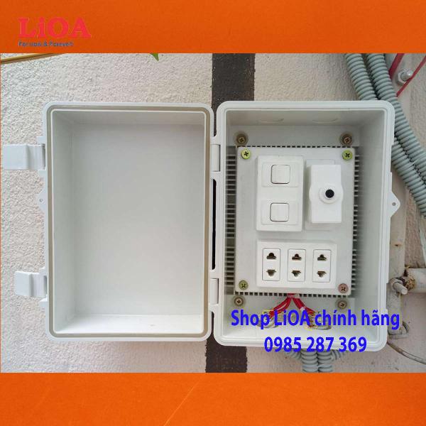 Combo tủ điện trong nhà và ngoài trời LiOA - Loại có 2 công tắc - LVJLCB2C giá rẻ
