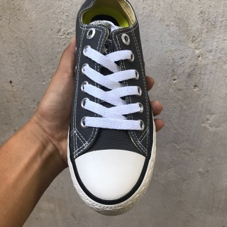 Giày Thời Trang Converse Nam Nữ Màu Xám Thấp Cổ thumbnail