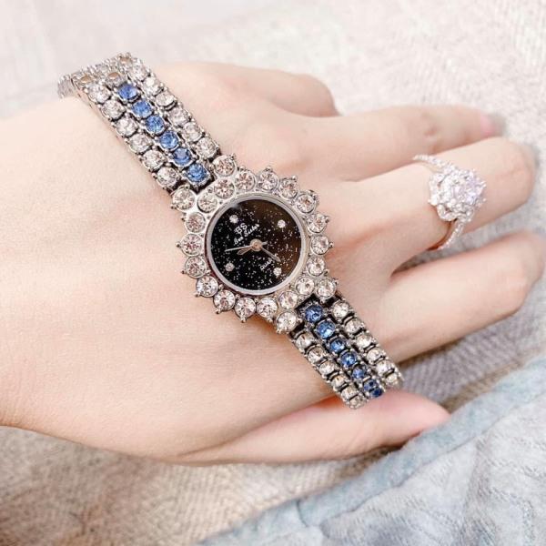 [HCM][TẶNG HỘP VÀ PIN 3 NĂM TRỊ GIÁ 30K] Đồng hồ dây kim loại - Đồng hồ nữ bee sister 1580 dây thép không gỉ size mini cực xinh mặt viền đá đẳng cấp bán chạy