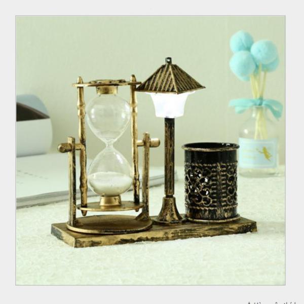 Nơi bán Đồng hồ cát kèm ống đựng bút có đèn phát sáng thông minh phong cách cổ điển mã ĐHC105 - vật dụng trang trí, quà tặng ý nghĩa