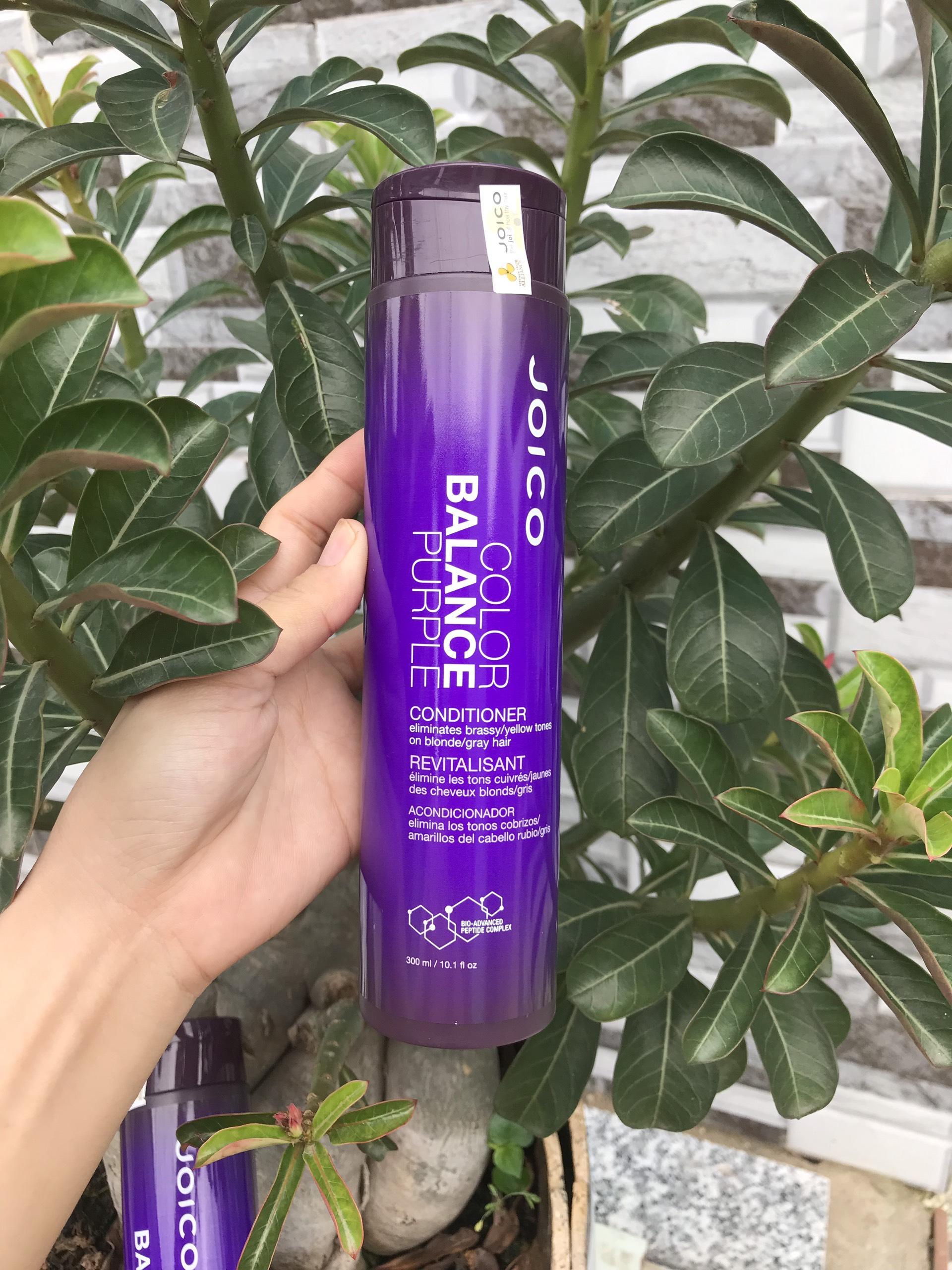 Dầu xả Joico cân bổ sung sắc tố tím và khử ánh vàng cho tóc nhuộm Tone lạnh Balance Purple Conditioner 300ml